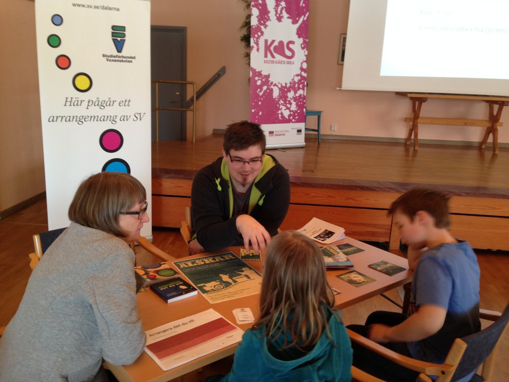 Jonas från Studieförbundet Vuxenskolan berättar om verksamhet och stöd